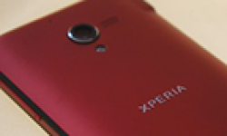 sony xperia zl rouge vignette head